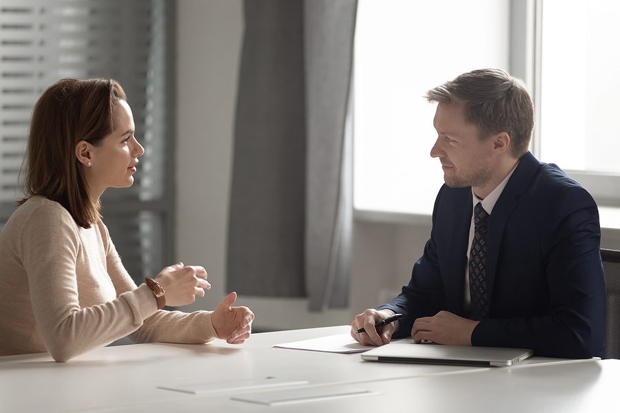 Woman getting a consultation for mediation in Sydney
